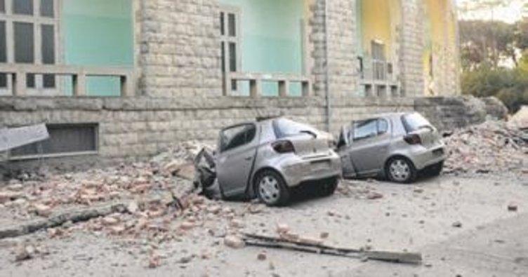 Arnavutluk'taki şiddetli deprem Balkanlar'ı salladı