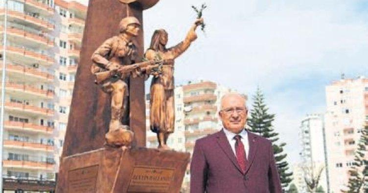 Mersin'e Zeytin Dalı Anıtı dikildi