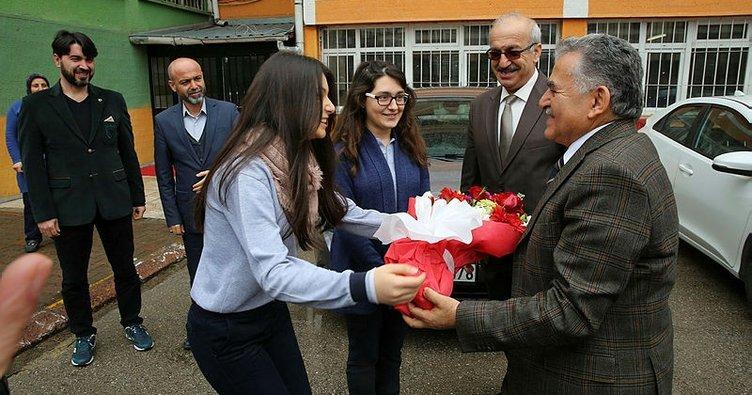 Melikgazi Belediye Başkanı Büyükkılıç, liseli öğrencilerle buluştu