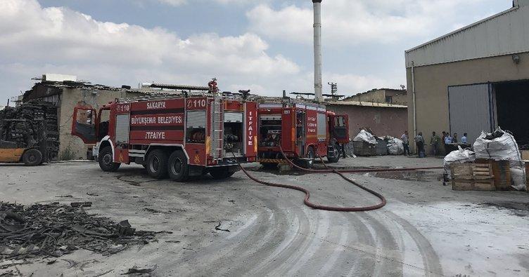 Sakarya'da fabrikada yangın!