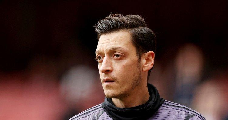 Mesut Özil'in menajerinden son dakika transfer açıklaması! Mesut çok büyük bir Fenerbahçe sevdalısı olarak gelecek...