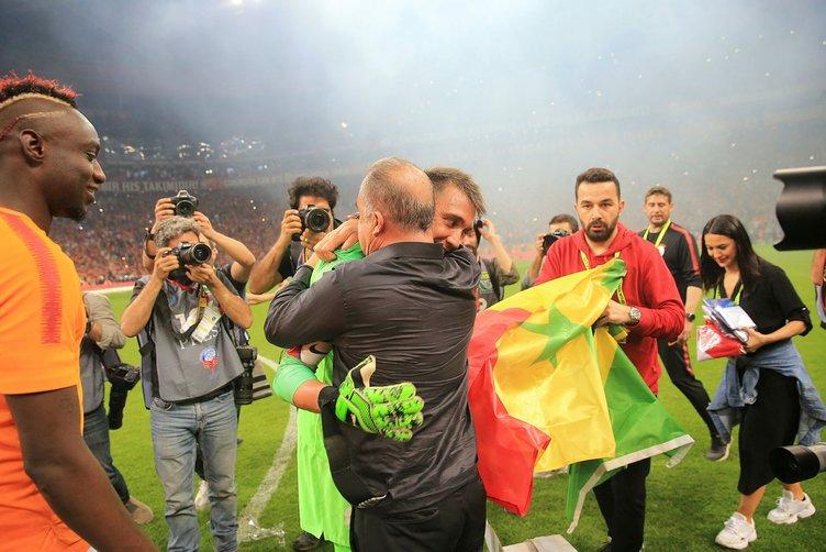 Son Dakika Galatasaray transfer haberi! Altay Bayındır Galatasaray'da! Altay Bayındır kimdir?