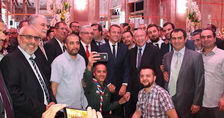 Macron Fransa İslam Konseyinin iftarına katıldı