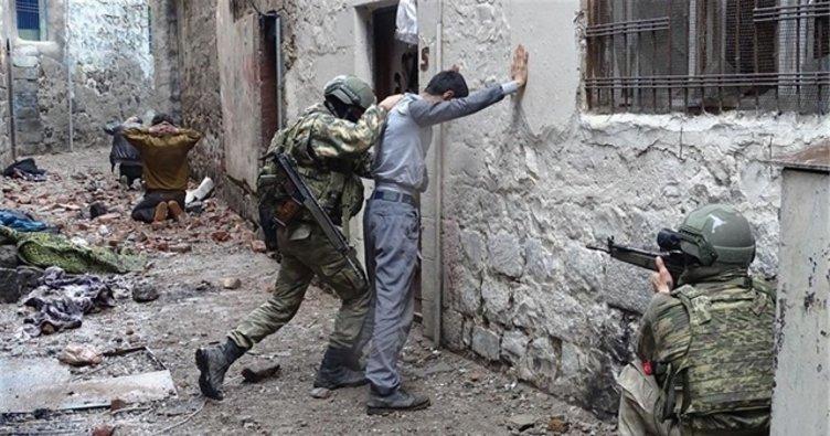 Mardin'de kaçan bir terörist teslim oldu