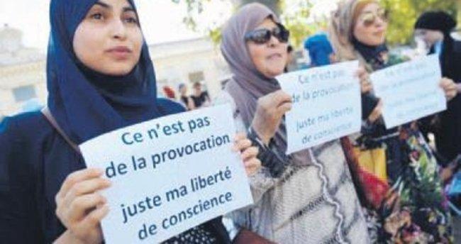 Fransa'da şimdi de başörtülüler hedefte