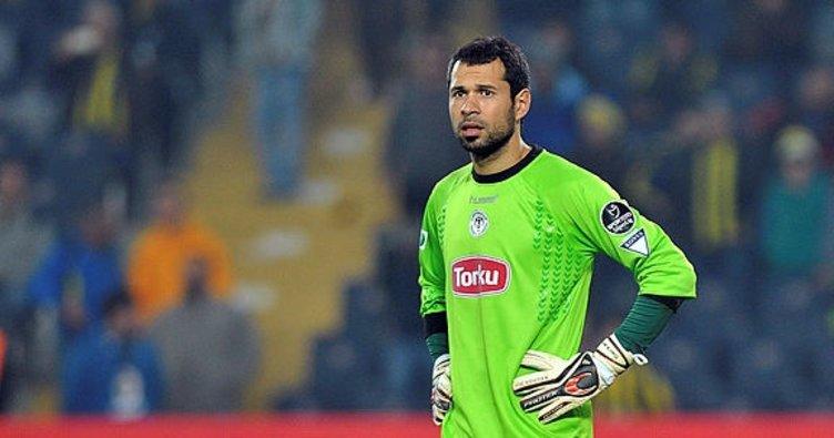 Serkan Kırıntılı, Atiker Konyaspor ile 2 yıl uzattı