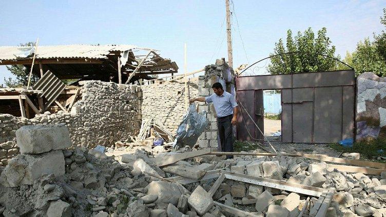 Ermenistan yine sivil yerleşim yerlerine saldırdı! Alçak saldırının izleri böyle görüntülendi.