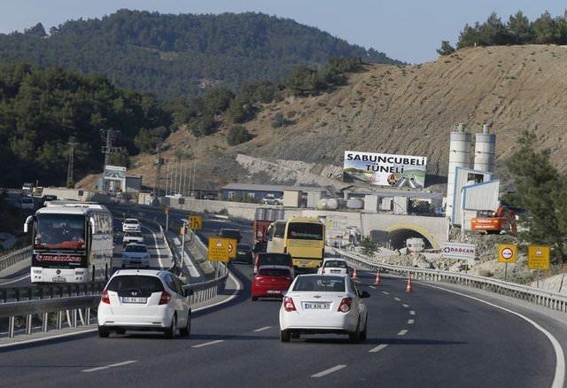 İzmir ile Manisa arasındaki yolculuk 15 dakikaya inecek!
