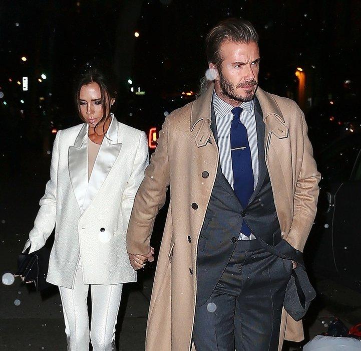 Beckham çifti evliliklerinin 17'nci yıldönümünü kutladı