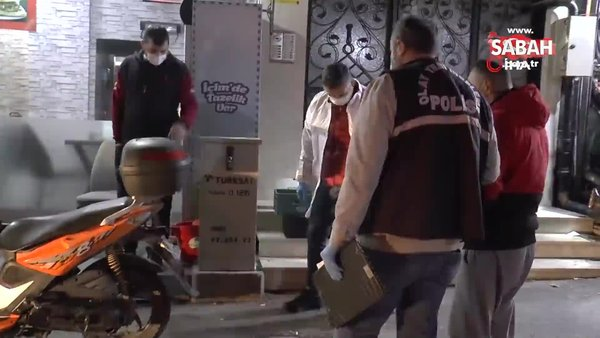 Karnını doyurmak için oturduğu kokoreççide ayağından vuruldu | Video