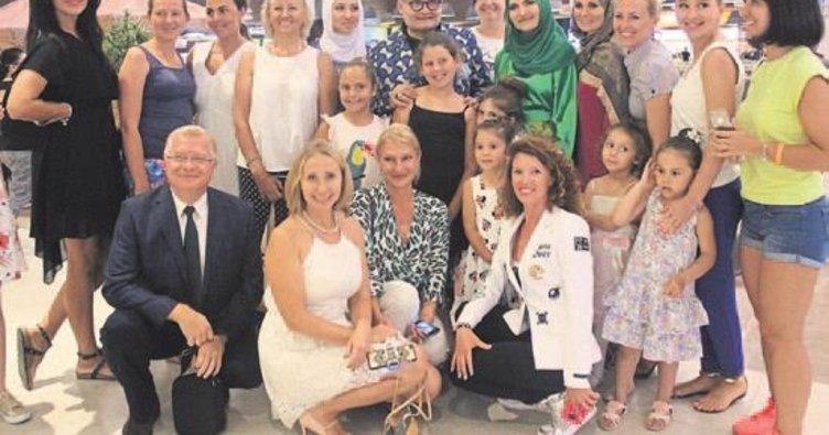 Ruslar bu kez iftar sofrasında buluştu