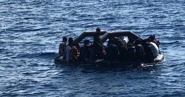 Yunanistan tarafından geri itilen 36 düzensiz göçmen kurtarıldı