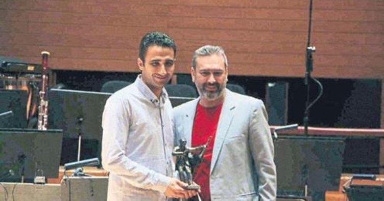 'Hasan Tahsin' ödülleri verildi