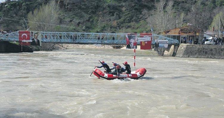 Rafting milli takımı Tunceli'de seçildi