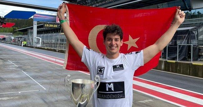 Son dakika: Euroformula Open'da Macaristan yarışını Cem Bölükbaşı kazandı