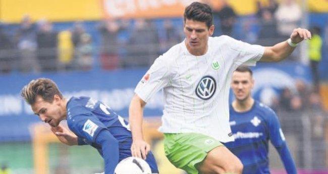 Mario Gomez attı ama Wolfsburg yine üzüldü