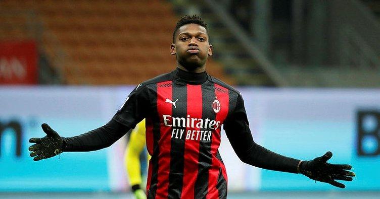 Milan Torino'yu 2 golle geçti