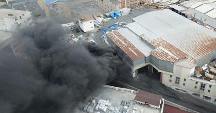 Beylikdüzü'ndeki fabrika yangın