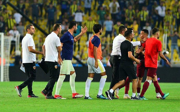 Volkan Demirel'den Kayserisporlu futbolculara şok sözler!