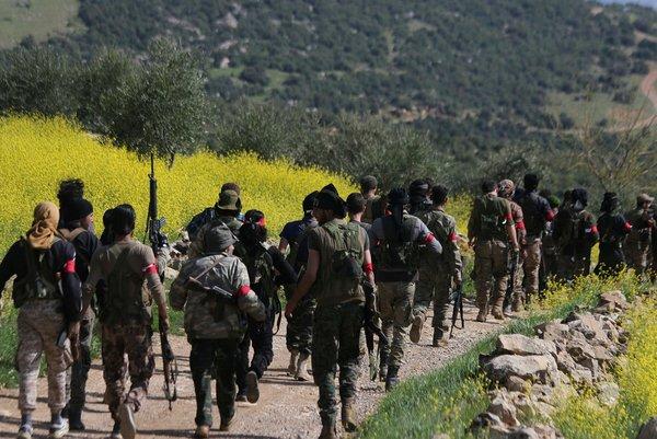 Afrin'in Racu beldesinde arama tarama çalışmaları sürüyor