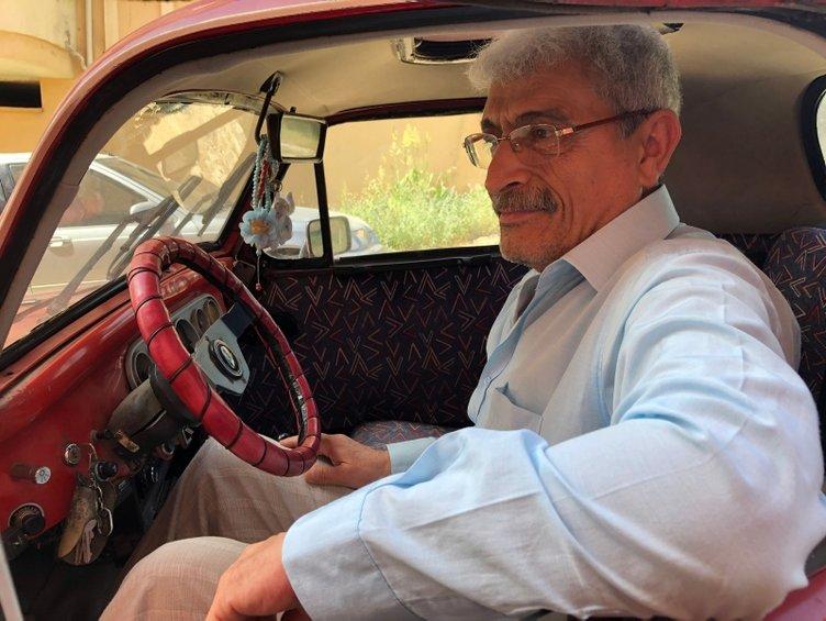 67 yaşındaki adam, kendisinden büyük Topolino model aracına gözü gibi bakıyor