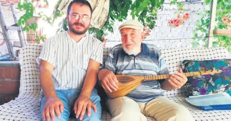 Köy köy dolaşıp türküleri derliyor