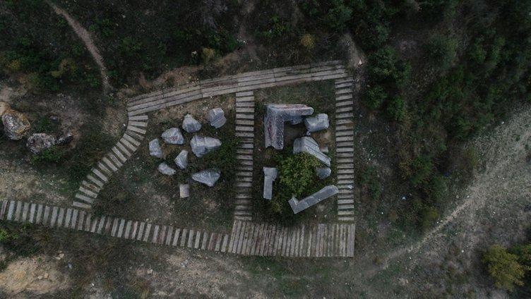 2200 yıllık kral mezarının hali içler acısı