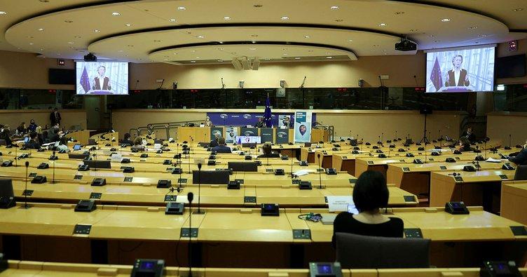 AB Komisyonu 6 üye ülkeden serbest dolaşımı kısıtlamamasını istedi