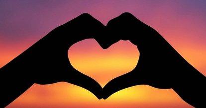 En Güzel Aşk Sözleri (Sevgiliye, Duygusal Resimli ve Romantik Aşk Sözleri)