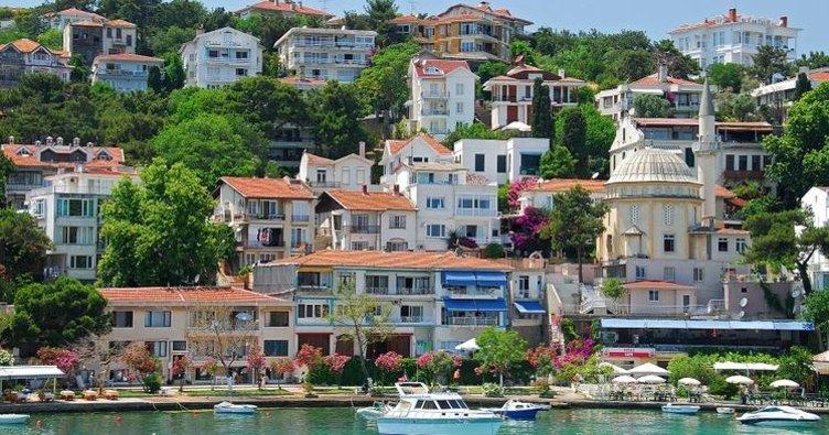 Pırıl pırıl denizi ile Burgazada…