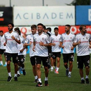 Son dakika: Beşiktaş'ta 3 futbolcu Bratislava'ya götürülmüyor