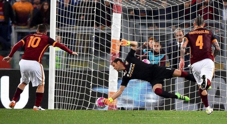 İtalya'da gündem Totti