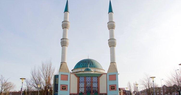 Hollandadaki Müslümanlardan cami saldırılarına karşı güvenlik talebi 83