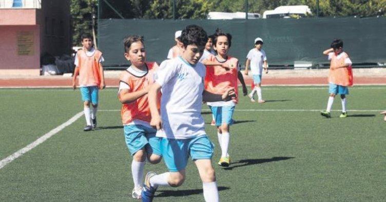 Yenimahalle'nin yaz spor okulu başladı