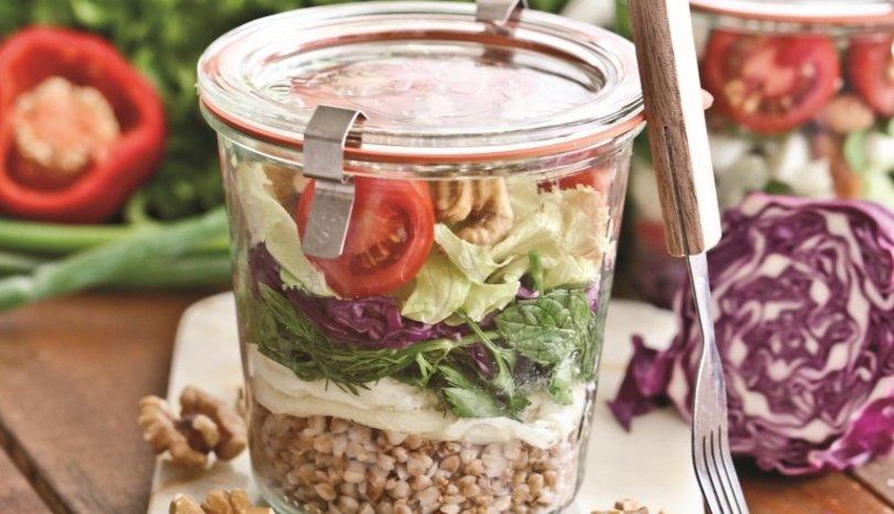 Kavanoz salatası