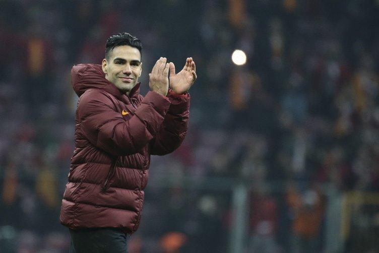 Galatasaray Brescia'dan Balotelli'ye teklifini iletti!
