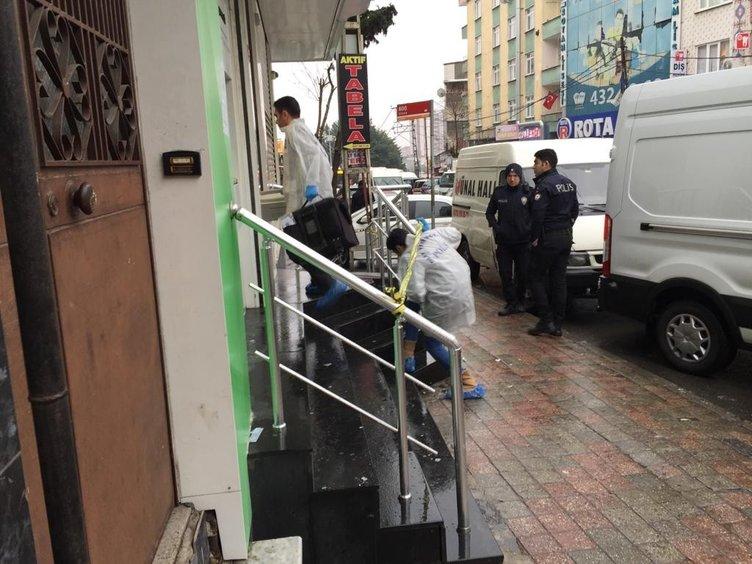 Esenler'de bankada soygun girişimi! Güvenlik görevlisi soygunu önledi