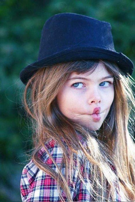 'Dünyanın en güzel kızı' şimdi kendi markasını çıkarıyor
