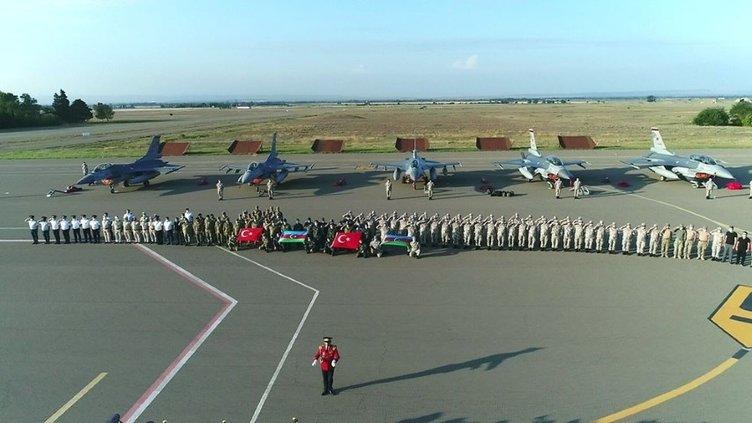 Türk F-16'ları Azerbaycan'da! Dosta güven düşmana korku verdiler