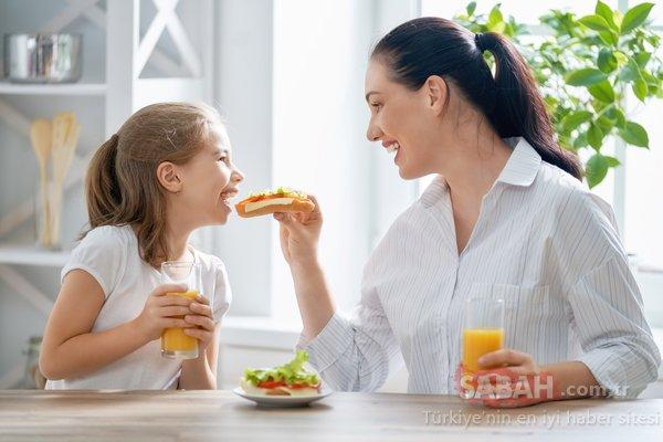 Başarı için hangi besinler tüketilmeli? İşte çocuğunuz için önemli beslenme tüyoları...