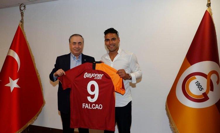 Galatasaray'ın yeni transferi Falcao'nun sözleşme detayları ortaya çıktı