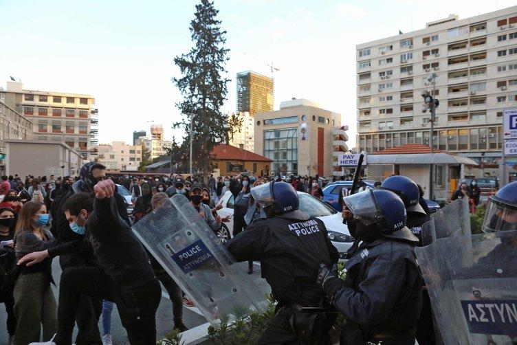 Τελευταία στιγμή: Τα πράγματα γίνονται ακατάστατα στη νότια Κύπρο!  Οι άνθρωποι γεμίζουν τους δρόμους ... είναι αρκετό, δεν αντέχουν!