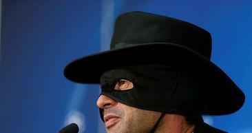 Fonseca sözünü tuttu, Zorro oldu!