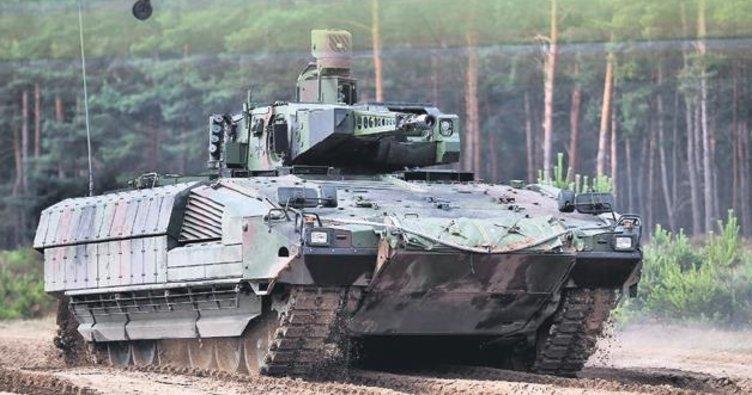 Alman ordusu dökülüyor