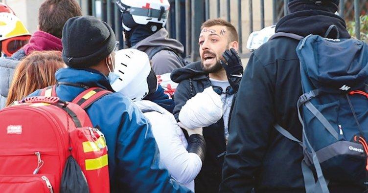 Sarı Yeleklilere polis şiddeti
