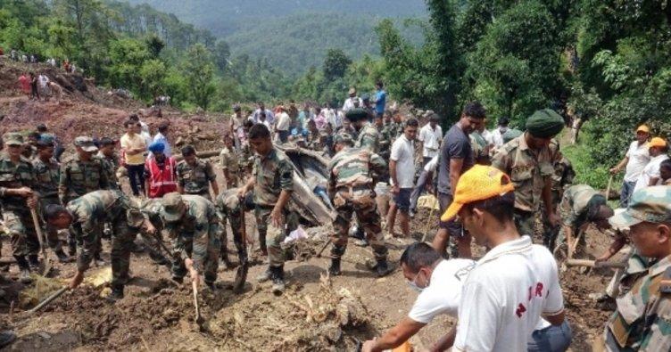 Hindistan'da toprak kayması: 46 ölü!