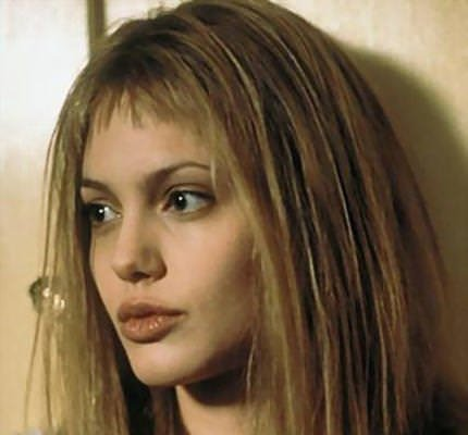 Dünden bugüne Angelina Jolie