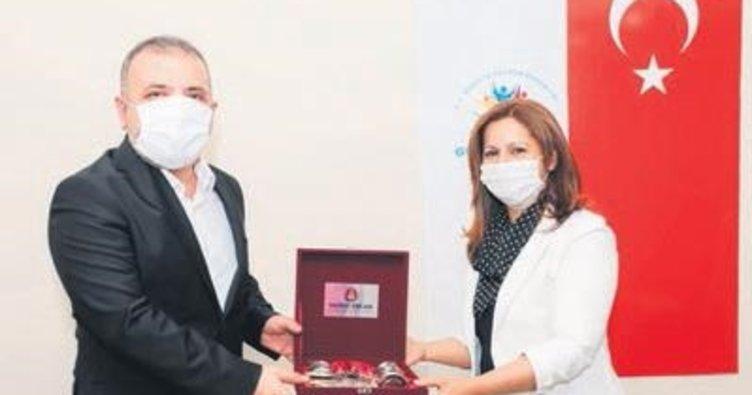 Başkan Ercan muhtarlarla bir araya geldi