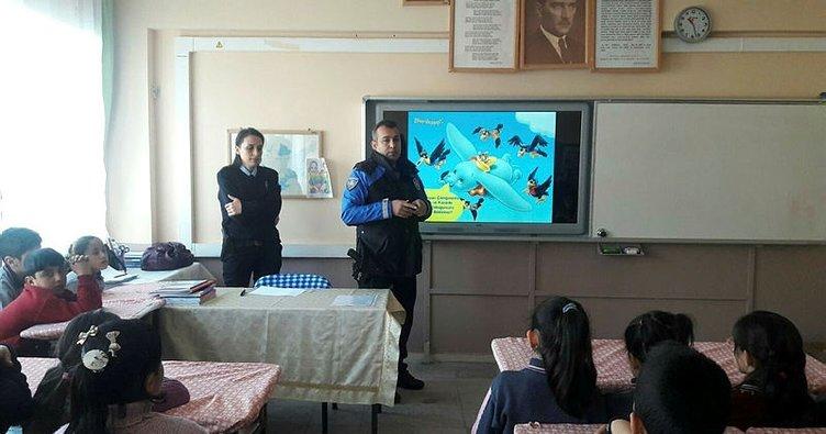 Polisten öğrencilere güvenlik semineri
