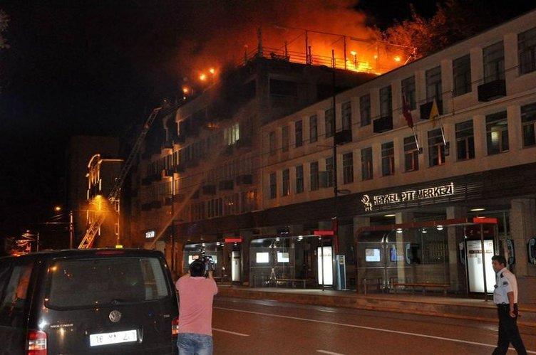 İş merkezinde korkutan yangın